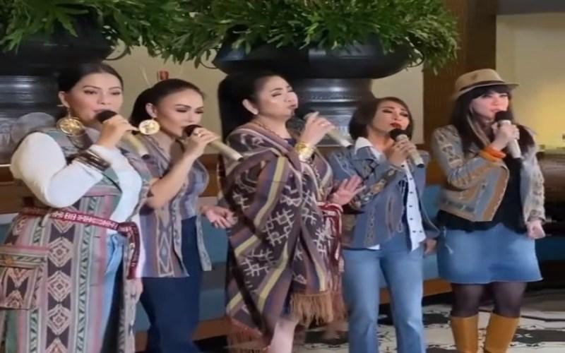 ALL-STAR LEGENDS VIRTUAL CONCERT : Bernyanyi Bersama dalam Alunan Hit Sepanjang Masa