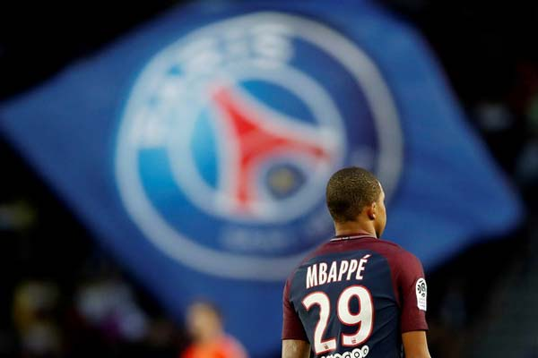 Penyerang Paris Saint-Germain Kylian Mbappe - Reuters