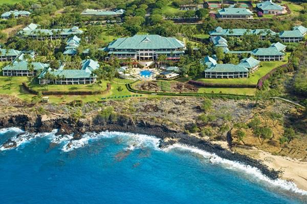 Pulau Lanai, Hawaii. Negara bagian Hawaii saat ini juga memiliki aturan bermasker, yang berlaku untuk semua orang, bahkan bagi mereka yang telah divaksinasi, terlepas dari rekomendasi baru CDC yang telah melonggarkan aturan sebelumnya.  - Istimewa