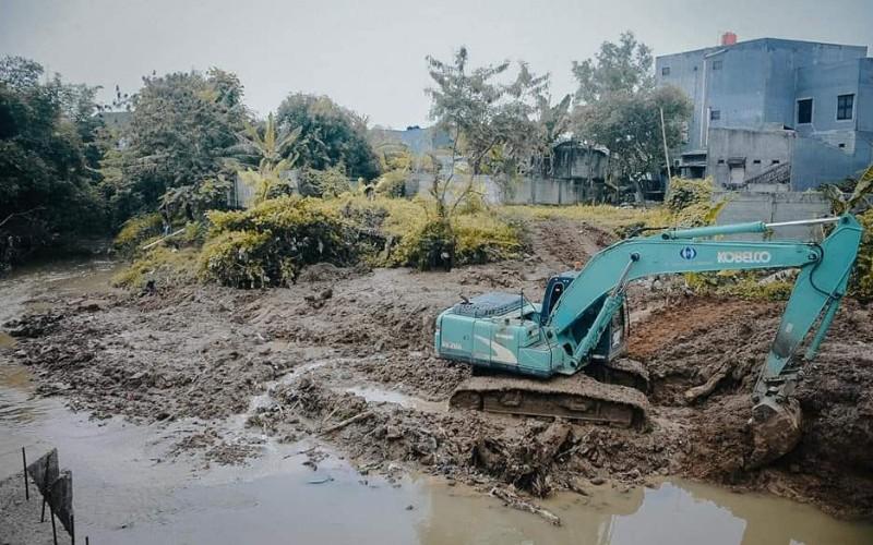 Pembangunan embung di kawasan industri Kabupaten Karawang - Istimewa