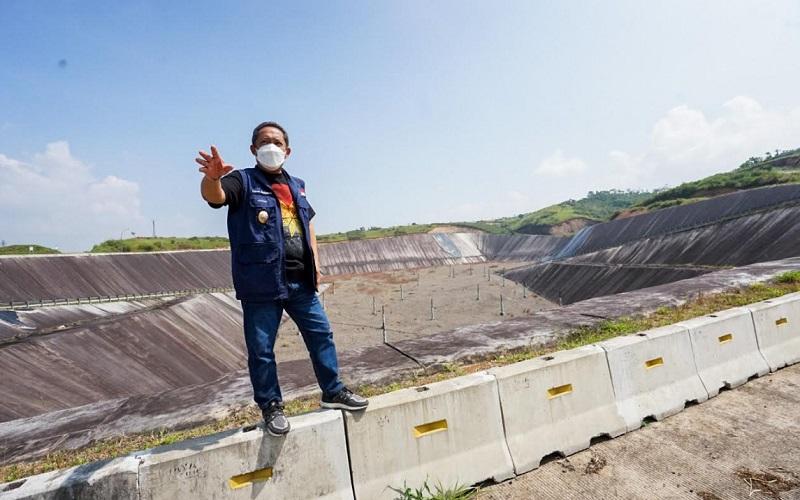 Wakil Wali Kota Bandung Yana Mulyana meninjau langsung Tempat Pengolahan dan Pemrosesan Akhir Sampah (TPPAS) Regional Legok Nangka.