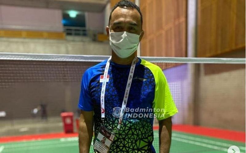 Pelatih Tunggal Putri merangkap Kabid Binpres PP PBSI, Rionny Mainaky - Badminton Indonesia