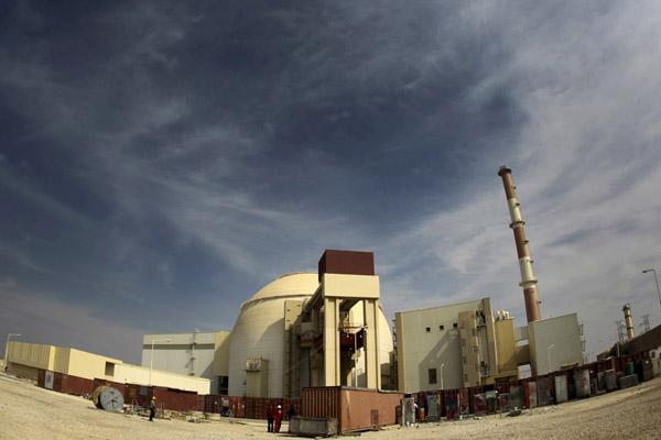 Pembangkit Listrik Tenaga Nuklir (PLTN) Bushehr di Iran, sekitar 1.200 kilometer sebelah selatan Teheran. - Reuters