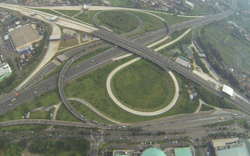 Ilustrasi - Simpang susun jalan tol Jakarta Outer Ring Road (JORR) seksi W1. - Jasa Marga