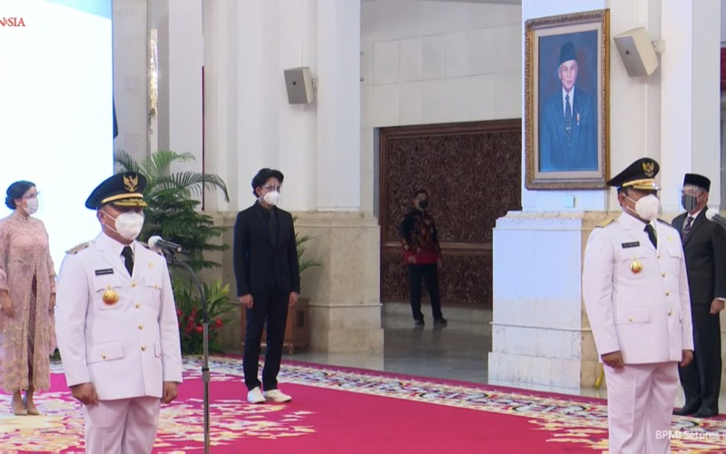 Pasangan kepala daerah, Gubernur Kalimantan Tengah H. Sugianto Sabran dan Wakil Gubernur Edy Pratowo di Istana Negara Jakarta, Selasa (25/5 - 2021).