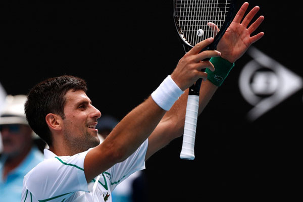 Petenis Serbia Novak Djokovic - Reuters/Issei Kato