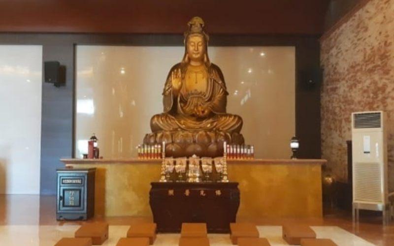 Vihara Maha Vihara Sejahtera Maitreya yang merupakan Buddhist Centre di Kalimantan Timur. - Gloria FK Lawi