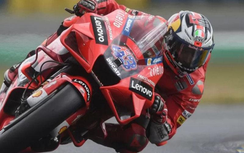 Pembalap tim Ducati Lenovo Jack Miller beraksi di Sirkuit Bugatti, Le Mans, Prancis, Mei 2021./Antara - AFP