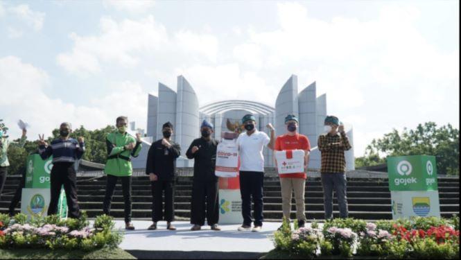 Program vaksinasi massal di Monumen Perjuangan Rakyat Jawa Barat, Bandung berlangsung sejak 27 Mei hingga 10 Juni - dok. Technoplast