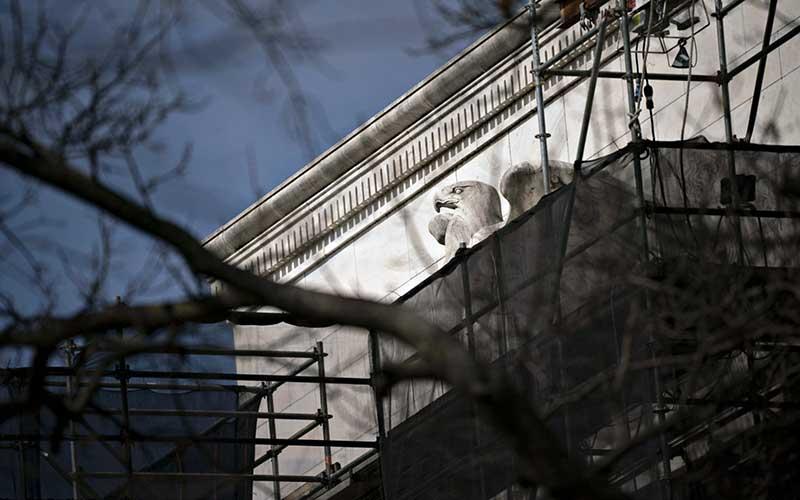 Gedung bank central Amerika Serikat atau The Federal Reserve di Washington, Amerika Serikat, Selasa (17/3/2020). Bloomberg - Andrew Harrer