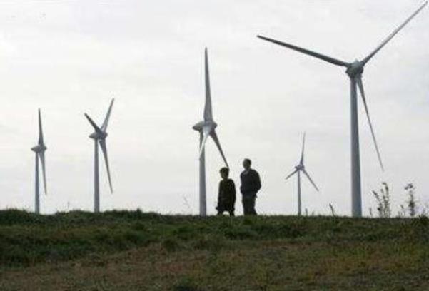 Ilustrasi energi terbarukan dari tenaga angin - Reuters