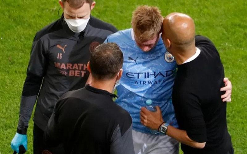 Gelandang Manchester City Kevin de Bruyne ketika cedera dalam pertandingan final Liga Champions Eropa melawan Chelsea./Antara - AFP