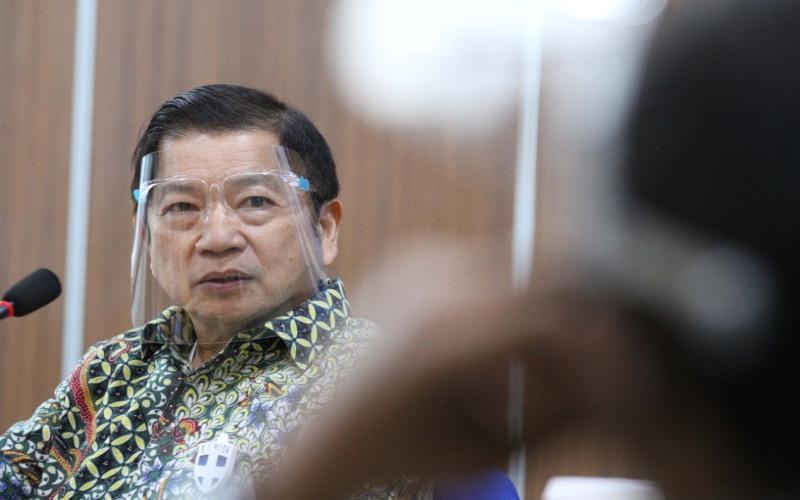 Menteri Perencanaan Pembangunan Nasional/Kepala Bappenas Suharso Monoarfa memberikan penjelasan saat berkunjung ke kantor redaksi Bisnis Indonesia, di Jakarta, Senin (13/7/2020). Bisnis - Dedi Gunawan