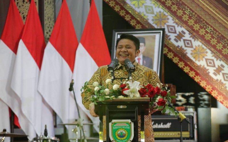 Gubernur Sumatra Selatan Herman Deru. istimewa