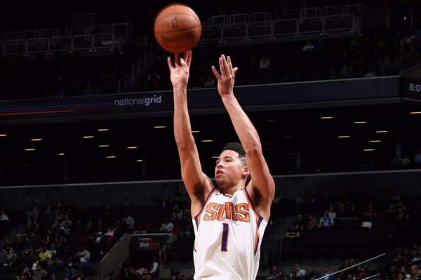 Bintang Phoenix Suns, Devin Booker - Twitter NBA