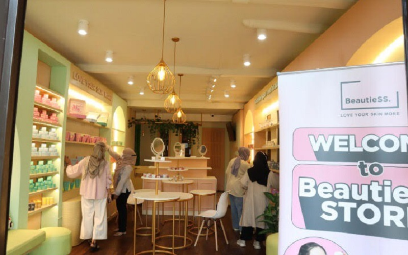 Outlet BeautieSS Skincare di Kota Bandung - Istimewa