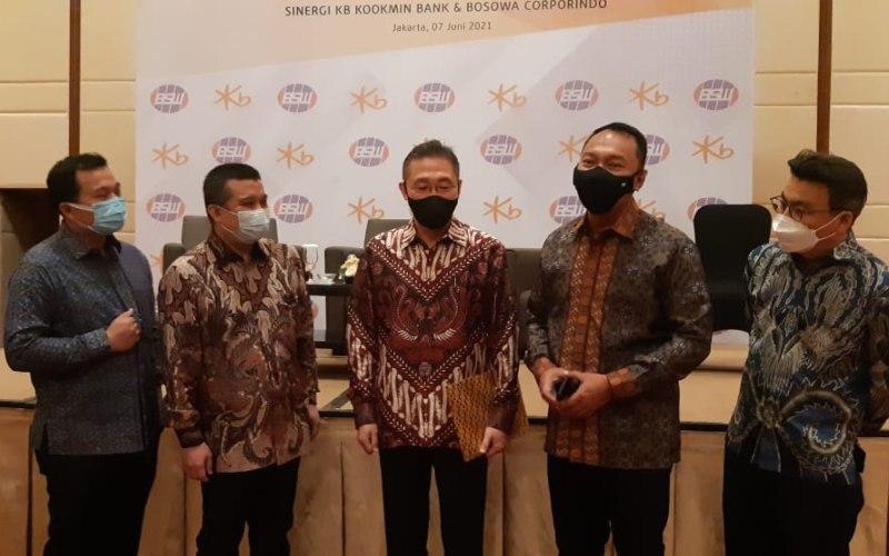 Konferensi Pers KB Bukopin bersama Bosowa Corporindo dan KB Kookmin di Jakarta, Senin (7/6/2021) -  Bisnis/ M. Richard