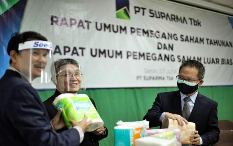 Direktur PT Suparma Tbk Hendro Luhur (kiri).  - Dok Suparma