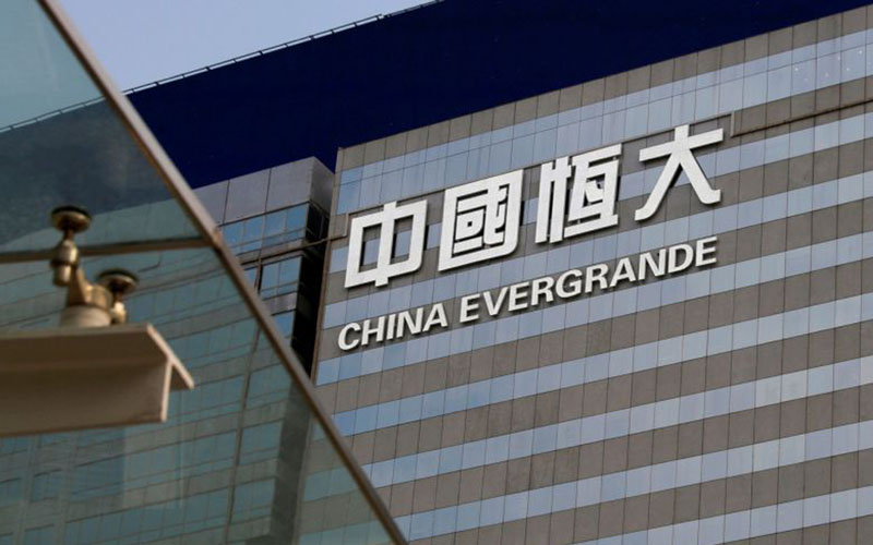 Markas Evergrande Group di Shenzhen, China. - Reuters
