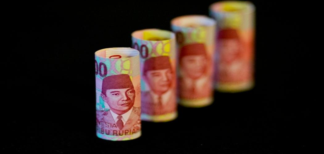Mulai dari PT Garuda Indonesia (Persero) Tbk. hingga PT Krakatau Steel Tbk. (KRAS), BUMN Sowan ke Senayan. (Bloomberg - Brent Lewin)