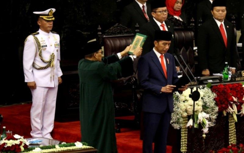 Ilustrasi - Presiden Joko Widodo saat dilantik menjadi presiden periode 2019-2024 di Gedung Nusantara, kompleks Parlemen, Senayan, Jakarta, Minggu (20/10/2019). - Bisnis/Nurul Hidayat