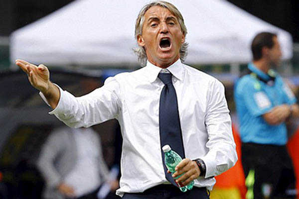 Pelatih Italia, Roberto Mancini - Reuters