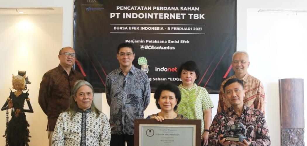 Jajaran Komisaris dan Direksi PT Indointernet Tbk. (EDGE), yang melakukan IPO di Bursa Efek Indonesia pada Senin (8/2/2021). - Istimewa