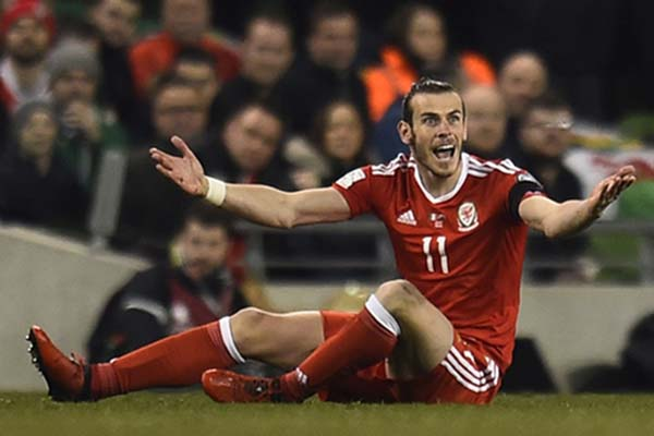 Ujung tombak dan kapten tim Wales Gareth Bale./Reuters - Clodagh Kilcoyne
