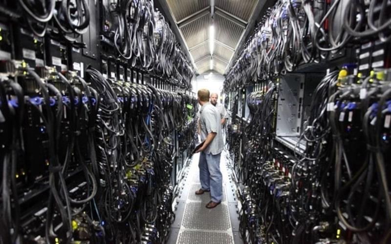 WIFI Rogoh Rp400 Miliar, Surge (WIFI) Bangun 500 Edge Data Center Tahun Ini - Market Bisnis.com