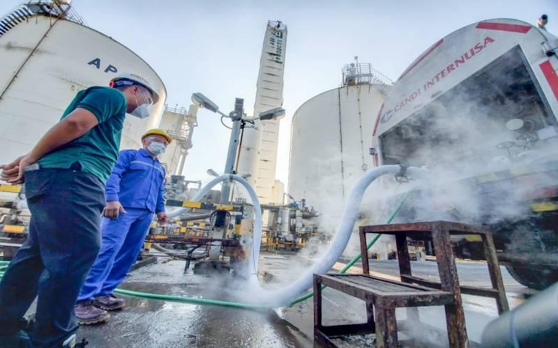 PLN Salurkan Bantuan 12 Ton Oksigen untuk RS Rujukan Covid-19 di Jatim