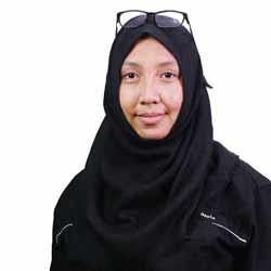 Dewi Aminatuz Zuhriyah