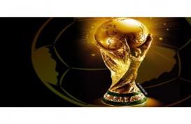Trofi Paiala Dunia FIFA Berlapis Emas 18 Karat