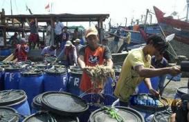13 Kapal Ikan Diberikan Kepada Nelayan di NTT