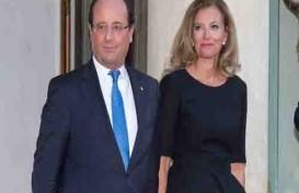 Presiden Prancis Akhirnya Berpisah dengan Sang 'Ibu Negara'