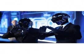 Grammy Award: Raih Rekaman Terbaik, Daft Punk Tetap Saja Tak Bicara