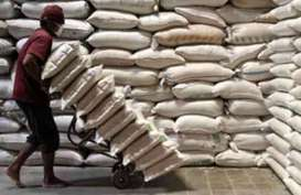 Menko Perekonomian Minta Klarifikasi Mendag Soal Impor Beras Medium