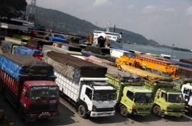 Ruas Jalan Lintas Sumatra Ambrol, Arus Kendaraan dari…