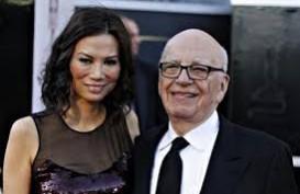 Wendi Deng Serang Raja Media Rupert Murdoch Hingga Dirawat