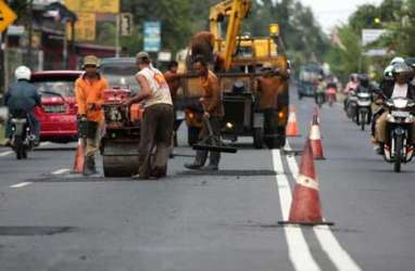 JELAJAH PANTURA: Mengais Rezeki di Pinggir Jalan