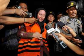 Kasus Alkes Banten: Ratu Atut Diperiksa Sebagai Tersangka…