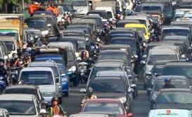 JELAJAH PANTURA: Jalan di Tuban Rusak, Macet di Jenu Mengular 5 KM