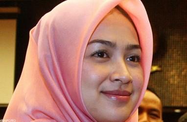 Ini Beda Tangisan Walikota Surabaya Risma & Walikota Tangsel Airin