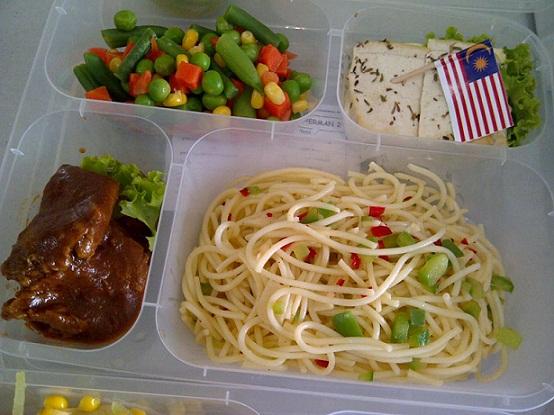 Menu diet yang disediakan antara lain South Beach Diet, Food Combining Diet, Vegetarian diet, hinggaHigh Protein Diet
