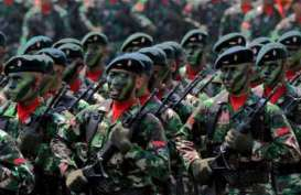 Moeldoko Seragamkan Baret di Mabes TNI