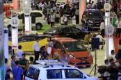 Pasar Jongkok Semarakkan Pameran Otomotif Semarang 2014
