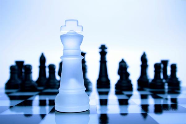 kalau mau bisnis jangka pendek, carilah orang yang IQ-nya pintar saja, lupakan soal EQ.  - leadershipalive.com