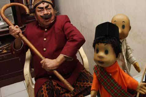 Pak Raden dan Boneka si Unyil - JIBI