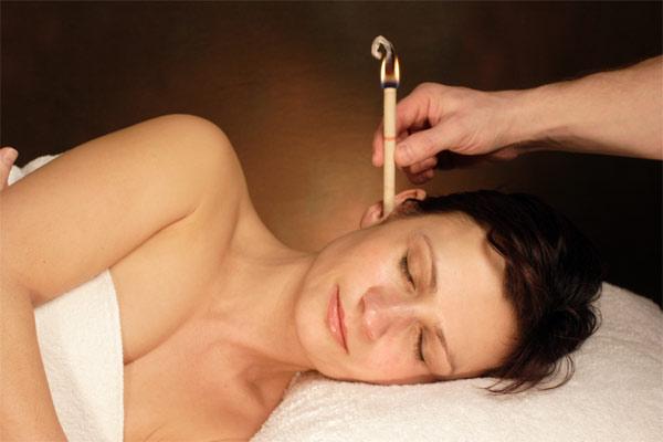 Membersihkan telingan dengan metode ear candling - webwhispering