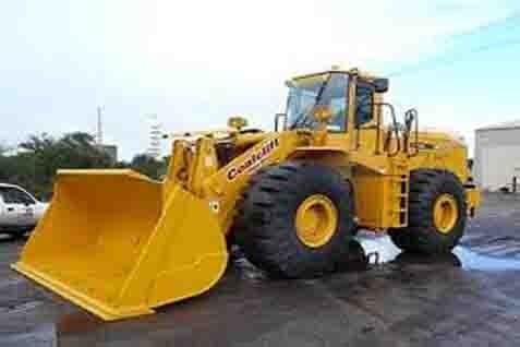 Hinabi mencatat impor alat berat banyak dari Amerika Serikat dan China.  - bisnis.com