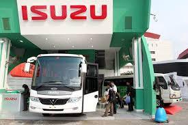 Show room Isuzu. ATPM mematok penjualan kendaraan niaga 29.000 Unit - Bisnis